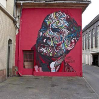 """Auf dieser Mauer sollte das Projekt """"Le M.U.R."""" ursprünglich stattfinden. Marcel Shaka, einer der ersten Streetartkünstler, der seine Kunst auch museal ausgestellt hat, ist der Kopf hinter diesem Werk. Dem Bürgermeister von Mulhouse hat das Mural so gut gefallen, dass er nicht wollte, dass es im nächsten Monat durch ein anderes ersetzt wird. Es sollte bleiben. So mussten sich die Jungs von Epistrophe eine andere Wand im Zentrum der Stadt suchen, um ihr Projekt weiterzuführen."""