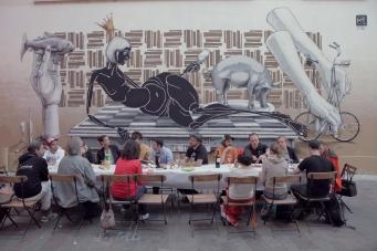 Auf der Vernissage des Karlsruher Streetartkünstlers Dome.