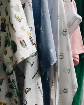 Dedicated ist nach eigenen Angaben eines der führenden Nachhaltigen Streetwearlabels auf dem internationalen Markt.